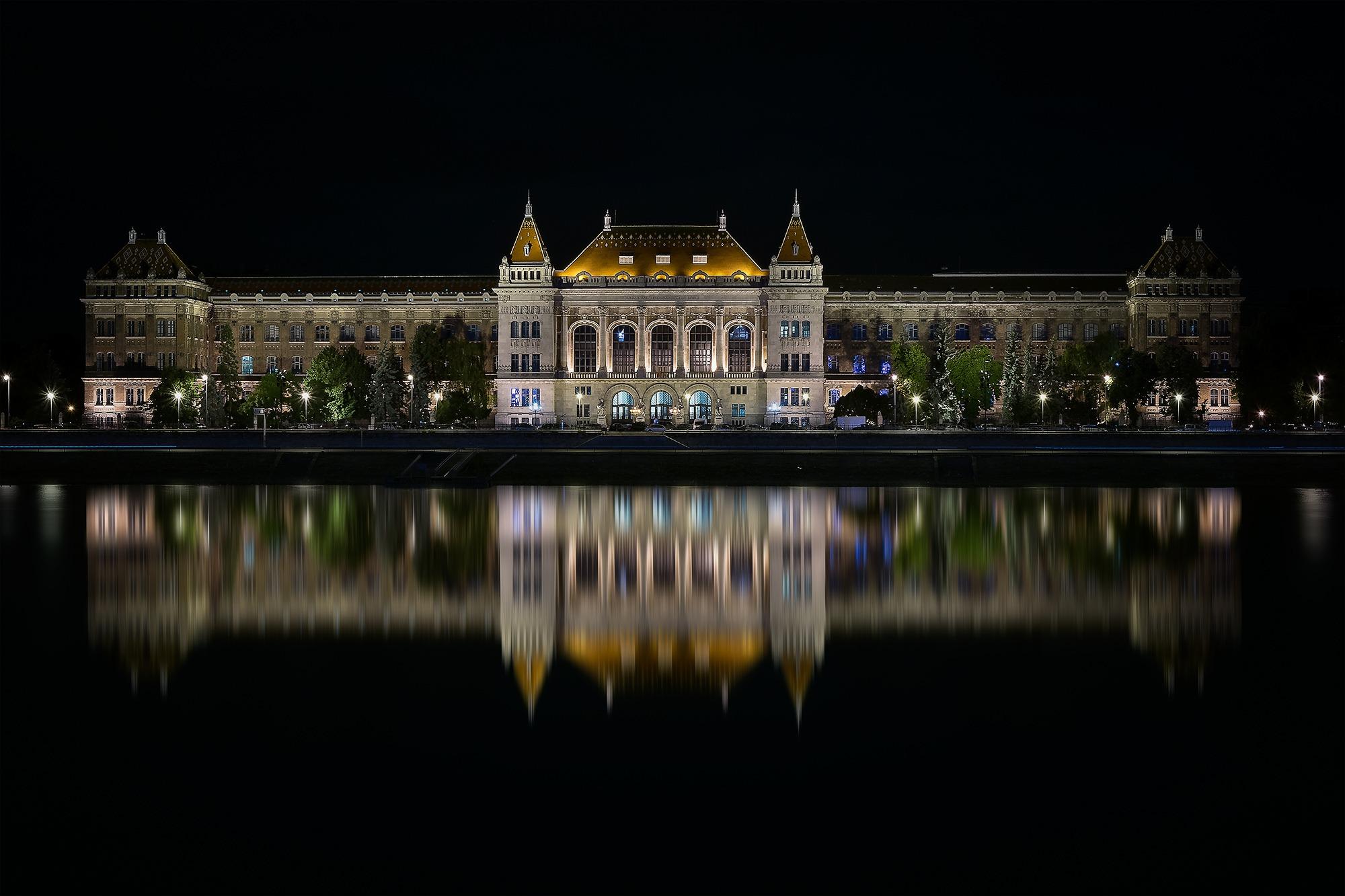 Université polytechnique et économique de Budapest