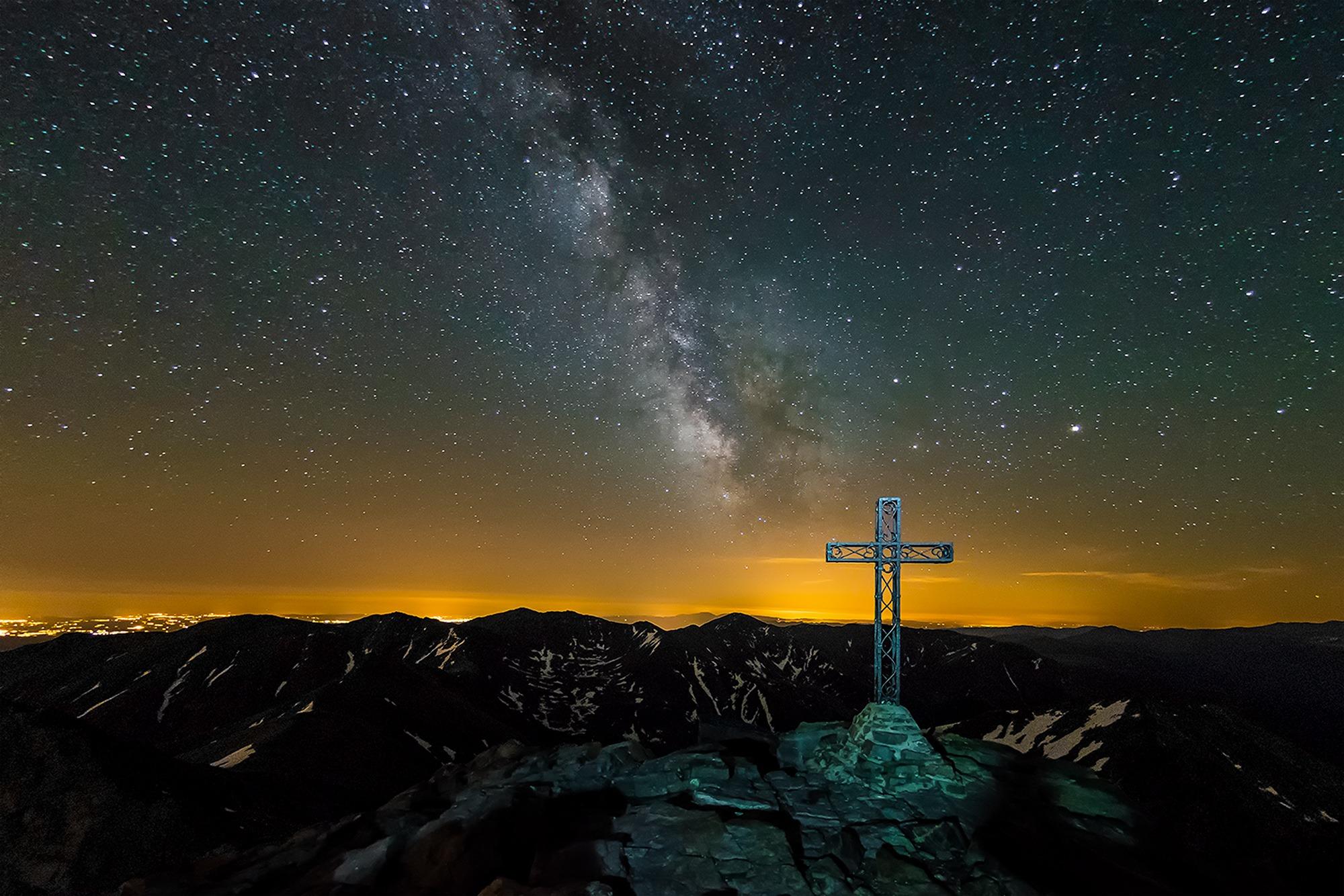 Voie lactée depuis le sommet du pic du Canigou, Pyrénées-Orientales